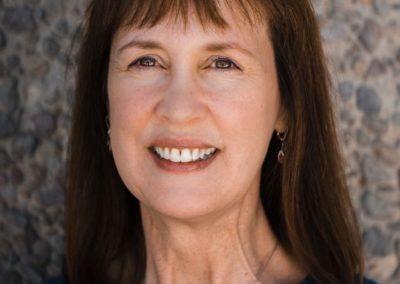 Lori  Schmitz